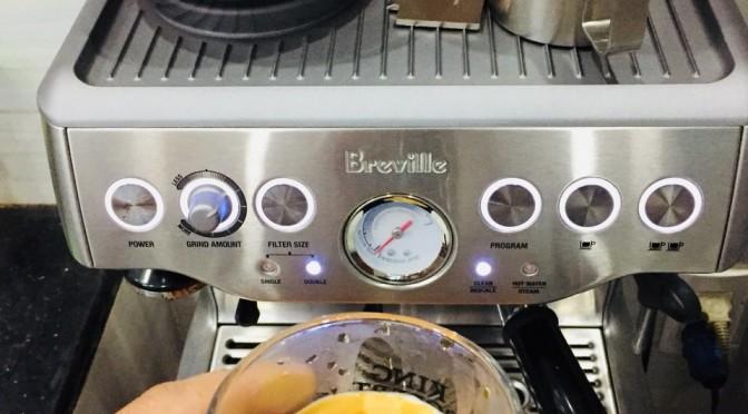 Cà phê nguyên chất pha máy