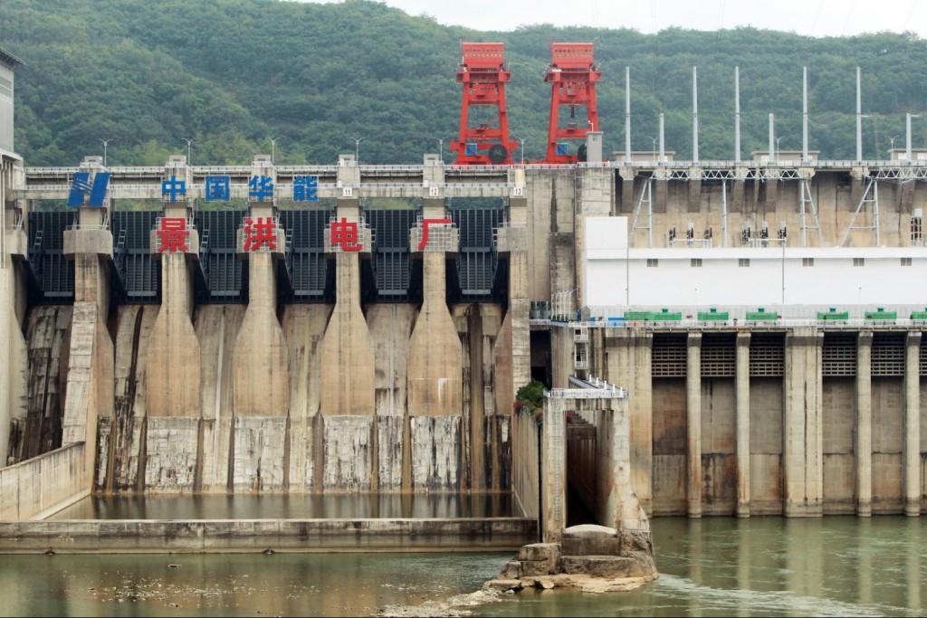 Thủy điện gây hạn hán